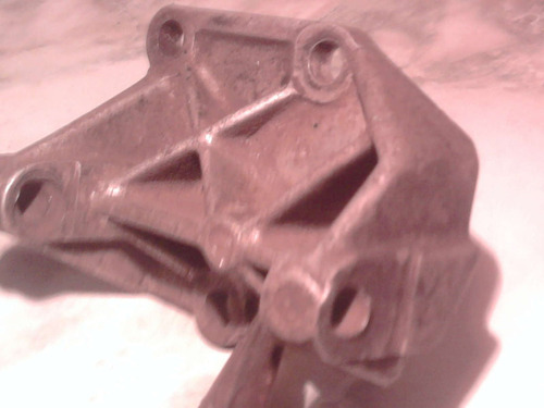 Imagen 1 de 5 de Soporte De Alternador De Ford  De Aluminio