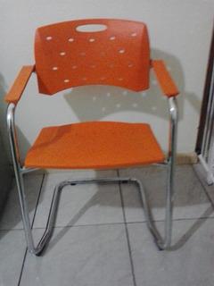 Cadeira De Aproximação Empilhavel Cavaletti Viva 350 Laranja