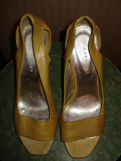 Peep Toe Em Couro C/ Salto Prateado No 38
