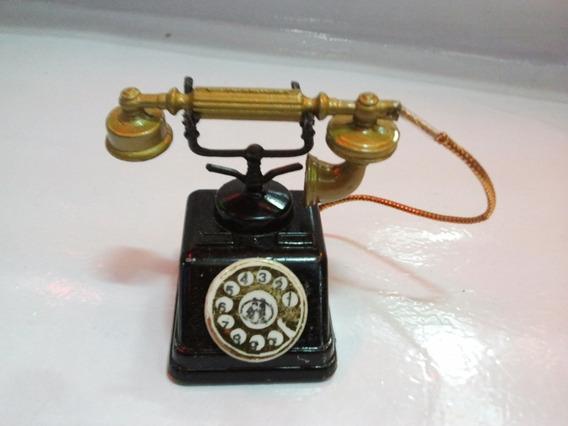 Sacapuntas Teléfono Antiguo Con Cable.