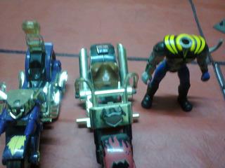 Motoratones De Marte (motos Y Muñeco)