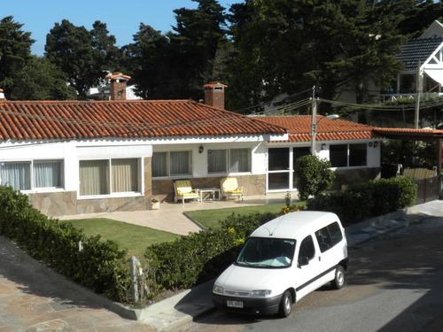 Casa Pdeleparada 10 Mansa, 3 Dorm, 3 Baños, Barbacoa, Jardín