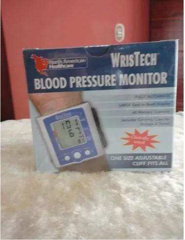 Presion Arterial Tensiometro Marca Wristech Importado De Usa