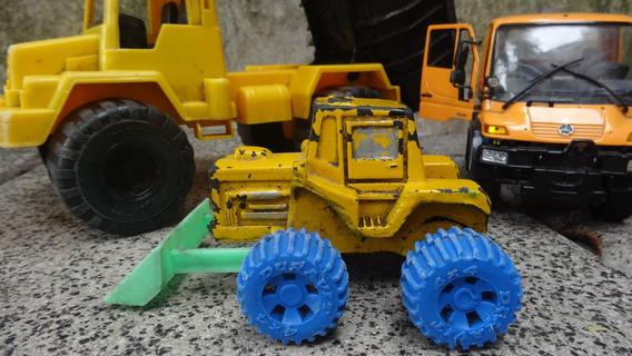 Camion Unimog, Tractor Y Camion Arenero