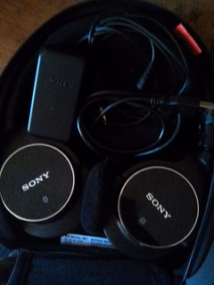 Auriculares Sony Modelo Mdr-zx750bn