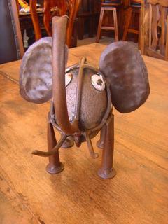 Escultura Elefante De Piedra Y Metal Estilo Antiguo.