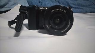 Camara Sony Alpha 5000, Ilce-5000