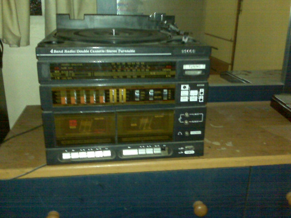 Equipo De Sonido Tocadiscos Y De Cassette