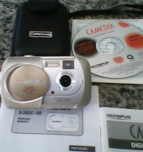 Camera Digital Olympus 3.2 Funciona Perfeitamente.