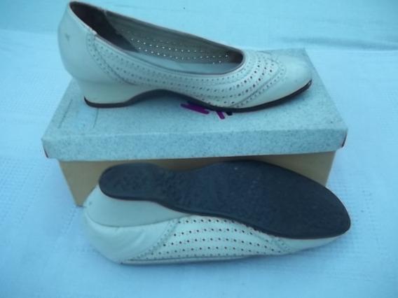 Zapatos San Crispino 38 Cuero Cremita Horma Bien Ancha
