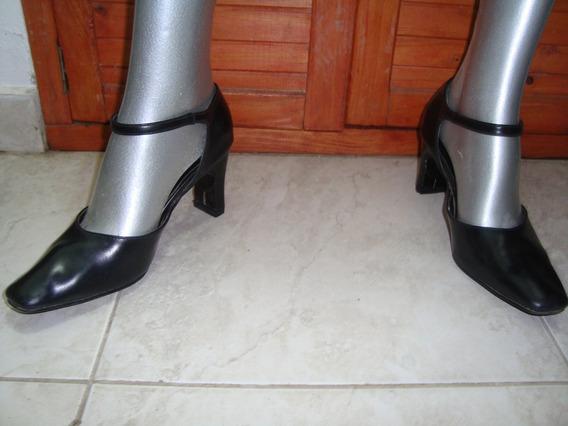 Zapatos Stilettos De Cuero Negro Nº 37/38