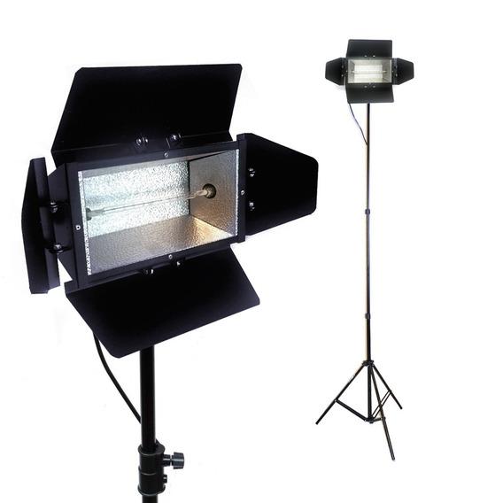 Iluminador 200mm C/ Lâmpada 1000w 110v + Tripe 2 Metros