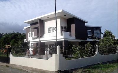 Vendo 2 Casas, Dos Plantas.