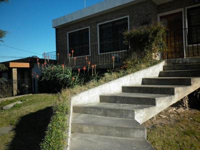 Exclente Casa En Dos Plantas