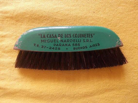 Antiguo Cepillo (ropa?) Con Publicidad