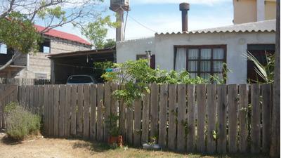 Alquilo Casas En Arachania 1 Cuadra Del Mar, Barato!