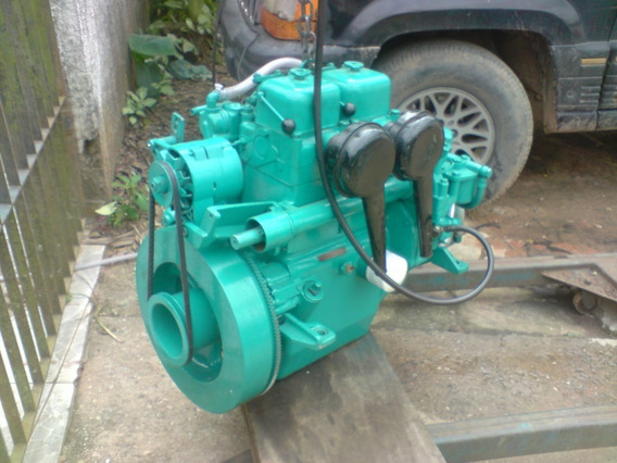 Sucata De Motor Maritimo Volvo Md11 De 23 Hp Diesel 2 Cc