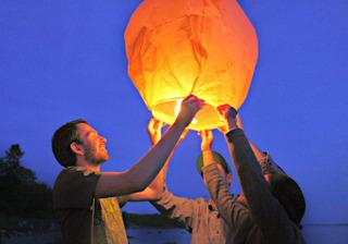 Farolillos Voladores De Colores: Globos Sky Lanterns Premiun