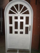 Fabricación De Puertas, Ventanas Y Marcos En Arco.