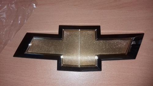 Emblema De Parrilla Chevrolet Cruze Original