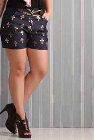 Short Feminino Com Estampa De Cruz