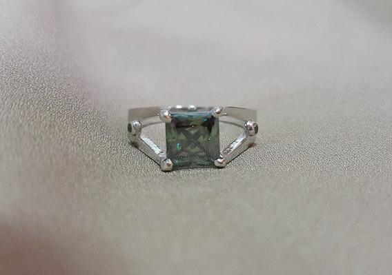Diamante Moisanete Verde Em Anel Unissex - Prata 925 Aro 20