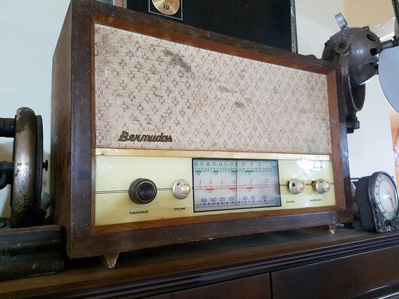 Rádio Antigo Bermudas Anos 60