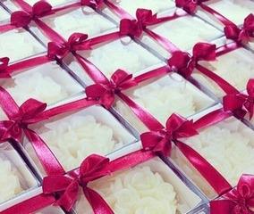 20 Sabonetes Em Rosas Provence - Lembrança Madrinha Na Caixa