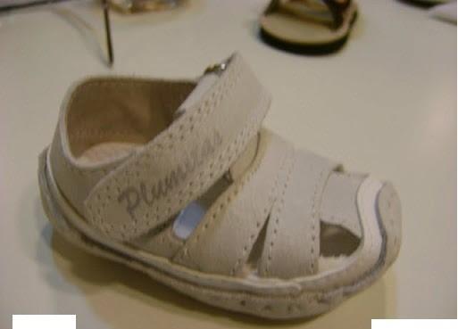 Sandalia Para Beba De Cuero De Descarne