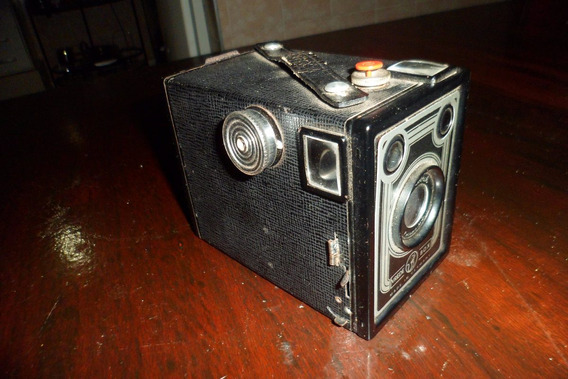 Maquina Fotografica Com Case De Couro Antiga(não É Yashica)