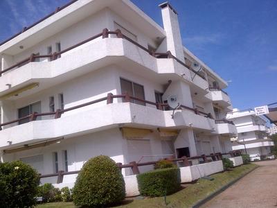 Muy Buena Ubicación A 3 Cuadras De La Playa Brava Parada 7.
