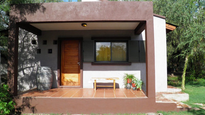 Casa En Las Sierras,1 Dormitorio, Parrilla Y Cochera.