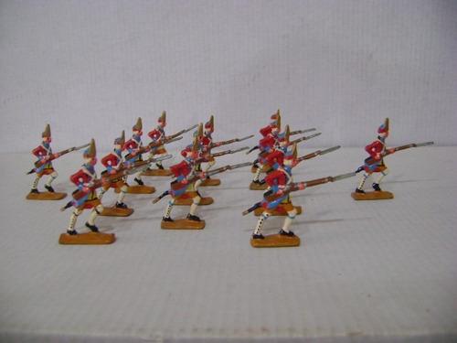 Imagen 1 de 6 de Nico 13 Fusileros Marchando Soldados De Plomo (pmv 40)