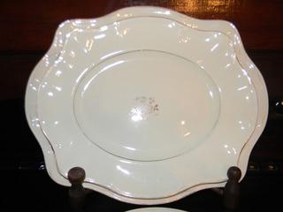 Jogo De Travessas Em Porcelana Victorian Johnson Bros