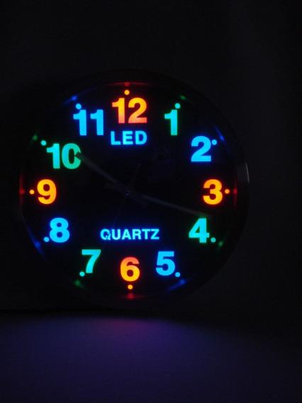 Relógio Iluminado Led Colorido Quartz Festa