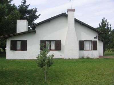 Alquiler Casa Miramar 2019 - Barrio Las Lomas