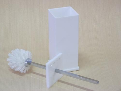 Imagem 1 de 4 de Escopino Escova Vaso Sanitário Em Acrílico Com Strass Branco
