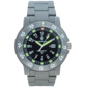 Reloj Smith & Wesson Titanio Y Tritium Executive Cuarzo