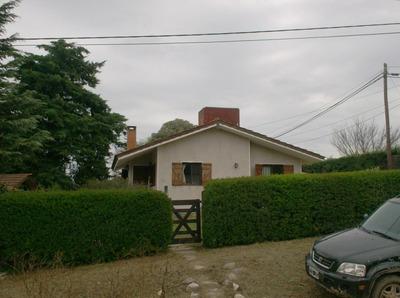 Casa Con Vista A La Sierra ,3 Cuadras Del Centro,terreno900m