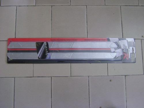 Protector Cubre Borde De Puerta Color Plata