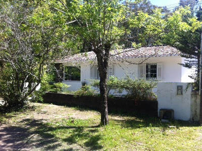Casa En Santa Ana 4 Ambientes, 2 Baños A 50 M De La Playa