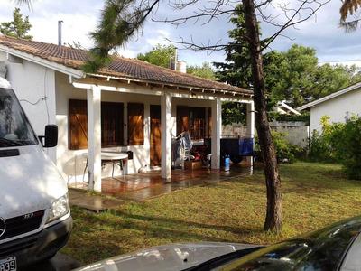 Casa + Duplex En Monte Hermoso, A Media Cuadra Del Mar.