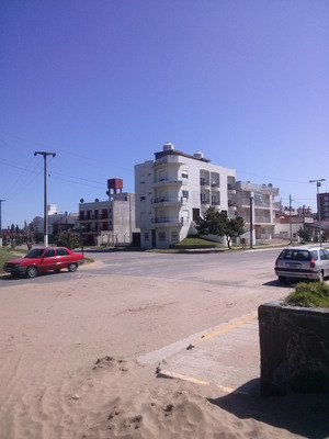 Alquiler Dptos Av. Costanera 2691 San Clemente Del Tuyu