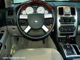 Imagem 1 de 13 de Sucata Batidos Peças Chrysler 300c V8 5.7 E V6 2008