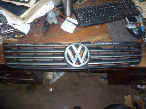 Vendo Parrilla Delantera Volkswagen Polo, # Zsb 3bd 853 651