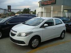 Chevrolet Onix 1.4 Ltz Manual 16/17 0km A Pronta Entrega