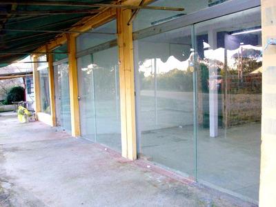 Alquiler 2 Locales Centricos En Valizas, En Calle Principal