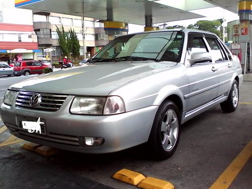 Volkswagen Santana 1.8 Comfortline 4p Gasolina