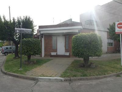 Casa 5 Ambientes - Haedo- Zona Pinar