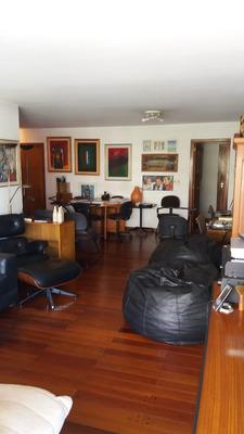 Hermoso Apartamento De Categoría A Mts De Rambla.